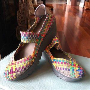 Bernie Mev wedge heels - fun colors! NWOT